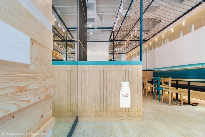 香港北海道牛奶餐厅设计BY何宗宪设计