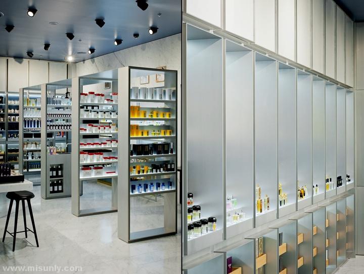 爱沙尼亚塔林Crème化妆品店设计