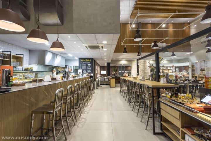 巴西圣保罗Dona Deola 烘焙店设计