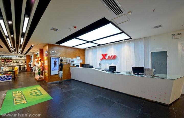 Xtep-Brand-Experience-Sportswear-Store-by-Ziyang-Changsha-China-03