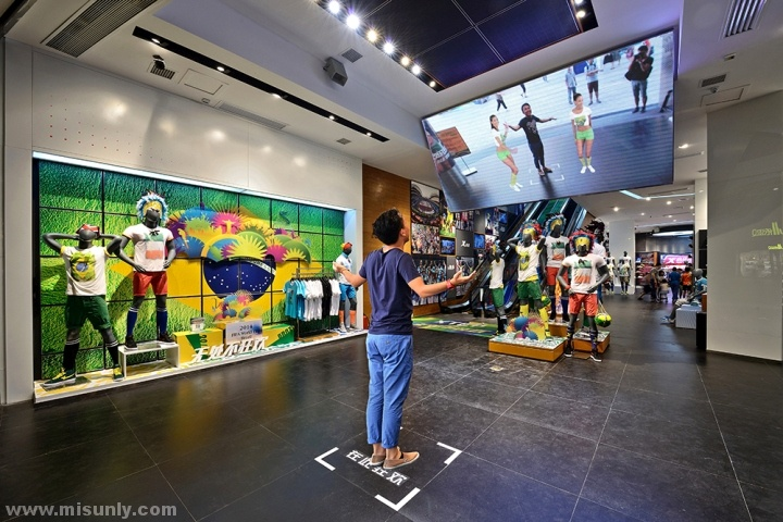 Xtep-Brand-Experience-Sportswear-Store-by-Ziyang-Changsha-China-05