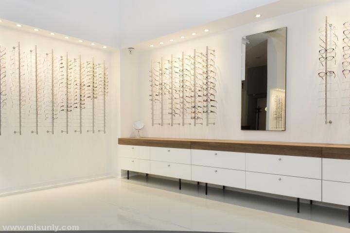 Bomar 眼镜店设计