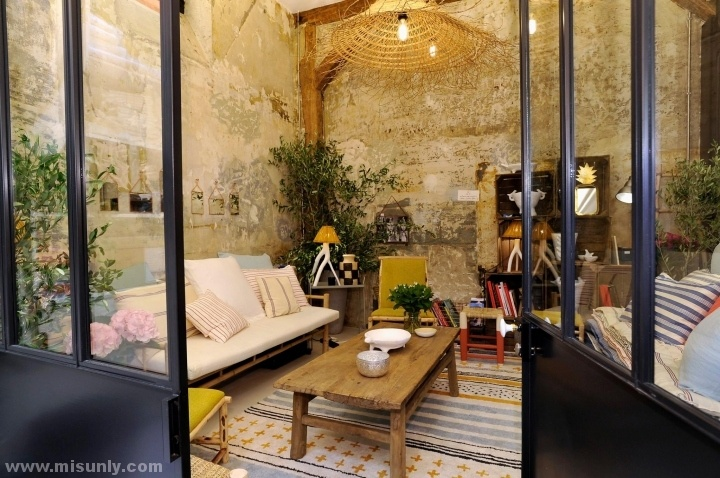 Ines-de-la-Fressange-Flagship-Store-Paris-France-04