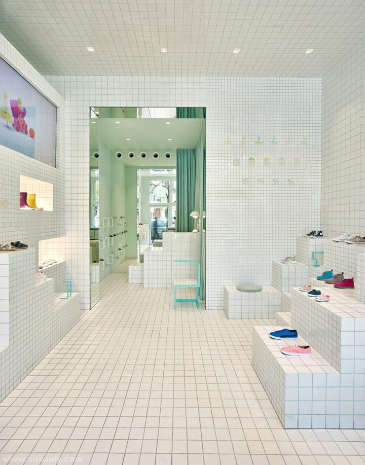 Little-Shoes-Shop-by-Nabito-Architects-Barcelona-Spain-07