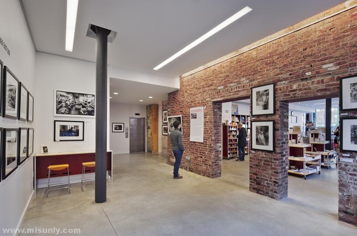 Lower-East-Side-Tenement-Museum-Visitors-Center-by-Perkins-Eastman-New-York-City-04