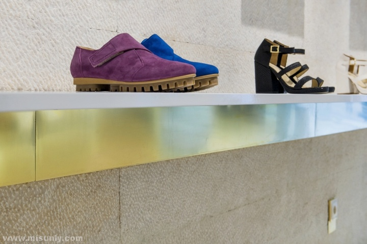 Ratinho精品鞋店设计