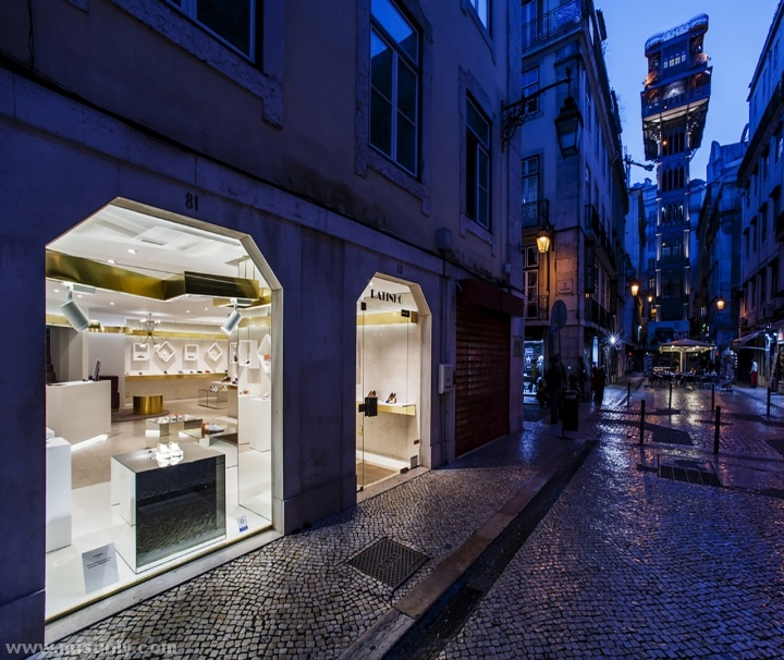 Ratinho-Shoe-Store-by-In-Out-Studio-Lisbon-Portugal-17
