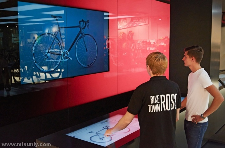 Rose-Biketown-Store-by-Blocher-Blocher-Partners-Munich-Germany-05