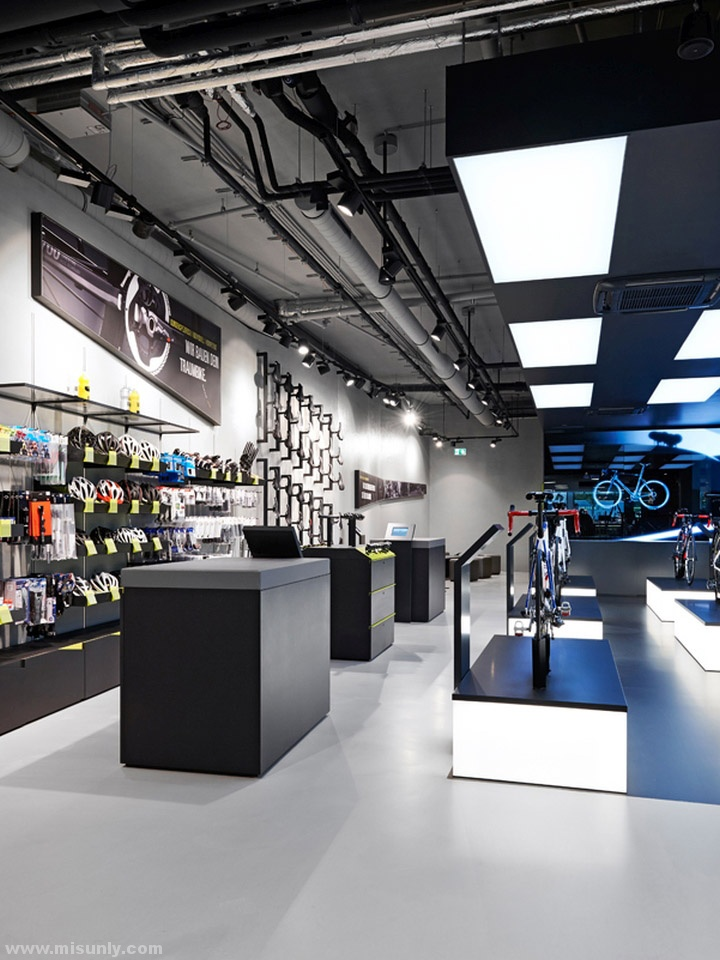 Rose-Biketown-Store-by-Blocher-Blocher-Partners-Munich-Germany-06