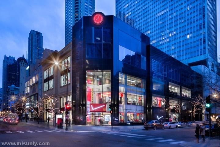 Verizon-Chicago-Destination-Store-by-Chute-Gerdeman-Chicago-Illinois-10