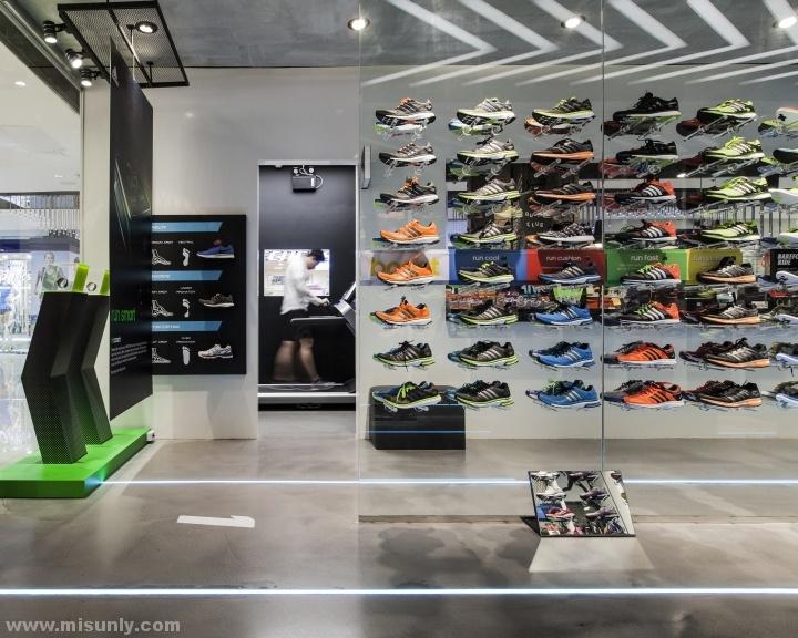 Ari-Running-store-by-Whitespace-Bangkok-Thailand-04