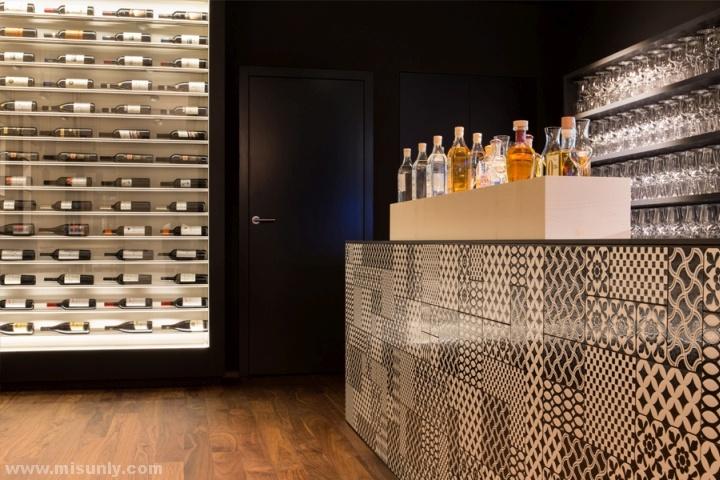 Brasserie-Lowen-Restaurant-by-Barmade-Interior-Design-Zug-Switzerland-09
