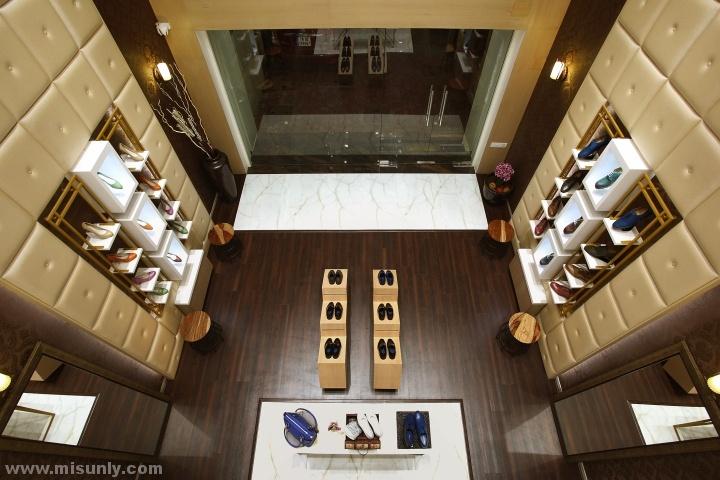米尚丽店装网  简约男装专卖店设计 工业风餐厅设计 高端服装卖场设计