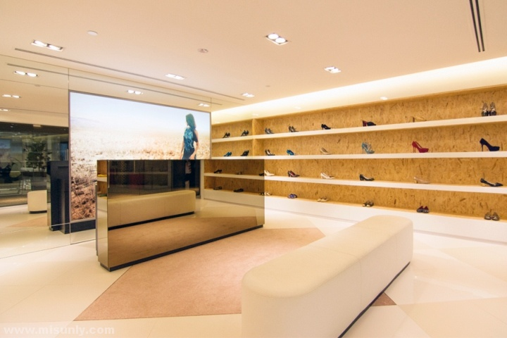Atelier-Fang-Store-Brand-Design-by-Jungo-Studio-Singapore-03