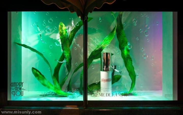 Harrods-window-displays-London-UK-04