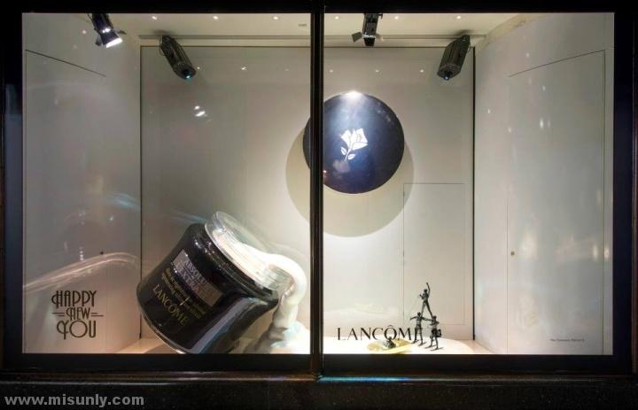 Harrods-window-displays-London-UK-06