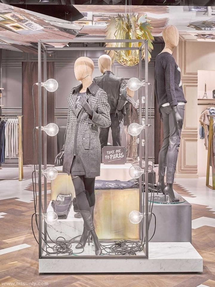 Rich-Royal-Store-by-Blocher-Blocher-Berlin-Germany-04