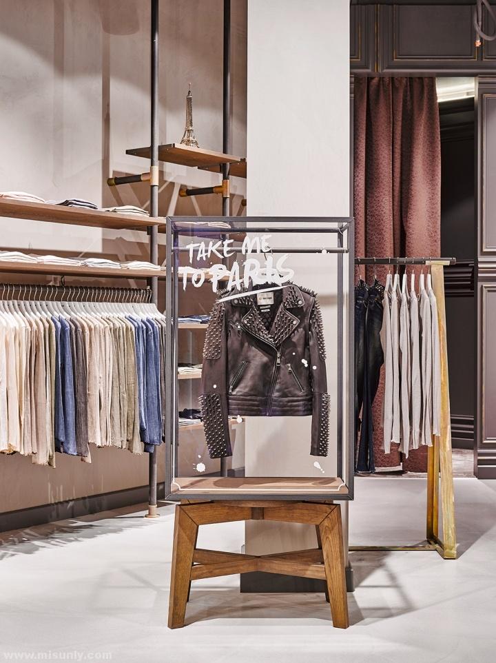 Rich-Royal-Store-by-Blocher-Blocher-Berlin-Germany-06