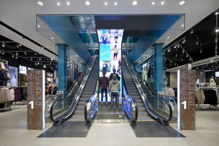Primark-Flagship-Store-by-Dalziel-Pow-Boston-Massachusetts