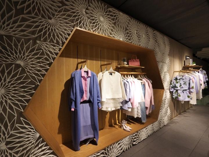中国杭州RMEO品牌女装店设计