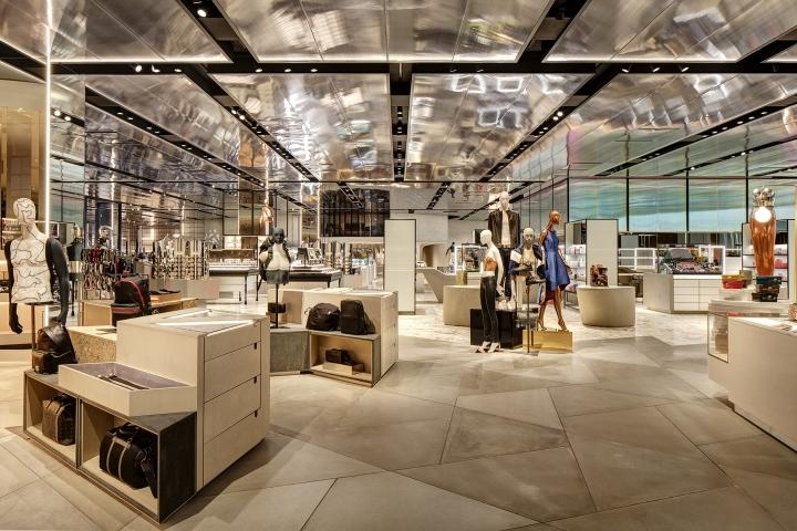vakkorama工业风格女装店铺设计