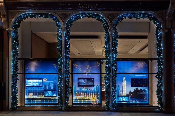 asprey圣诞节箱包橱窗陈列设计